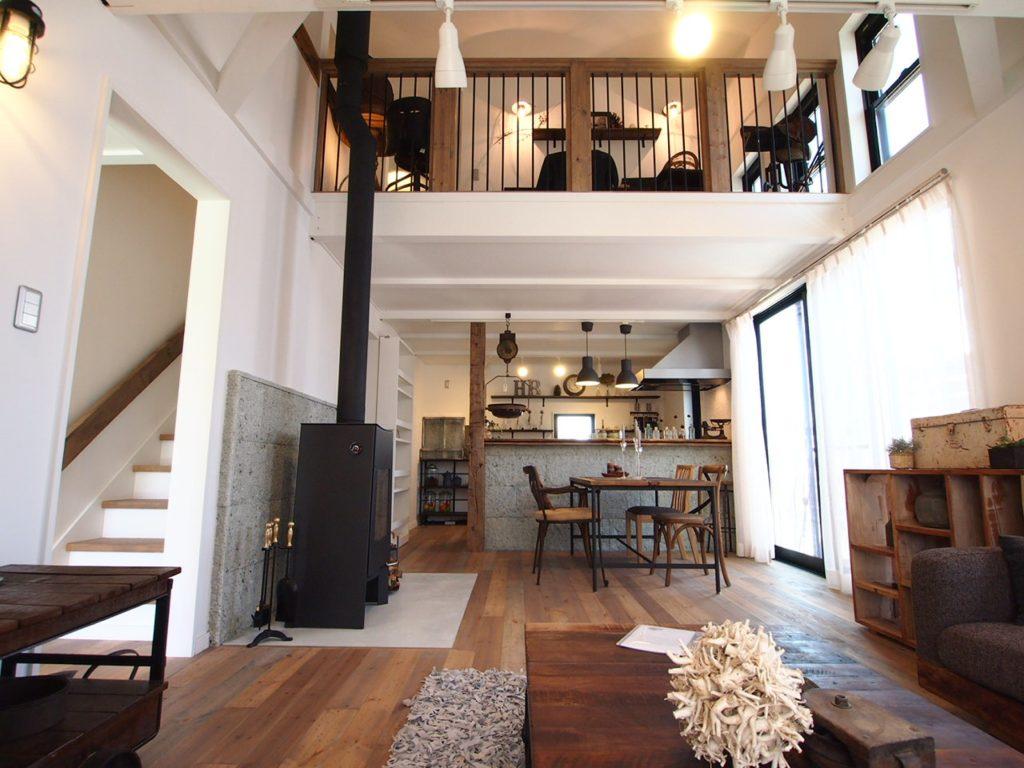 平屋+ロフト 階段